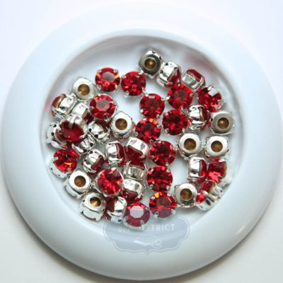 Strass rouge avec support